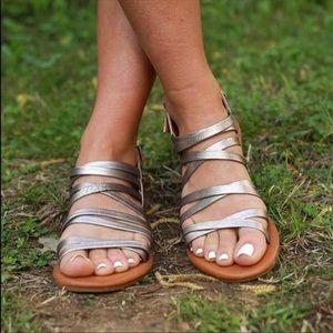 NIB Metallic Boho Chic Gladiator Strappy Sandals